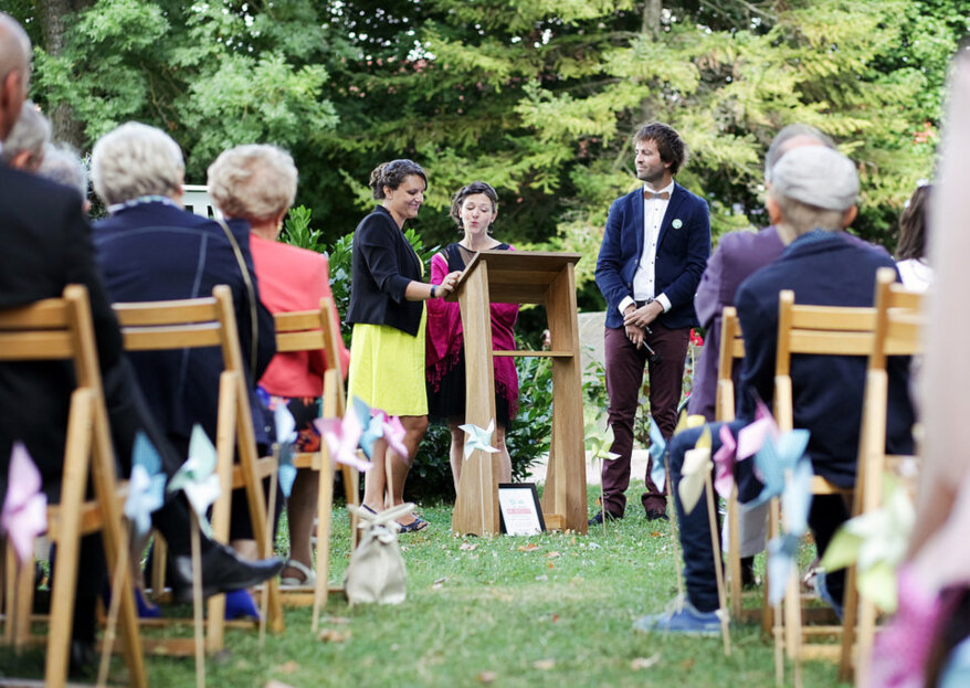 Chaquetas para invitadas en matrimonios de otoño e invierno: luce perfecta sin pasar frío