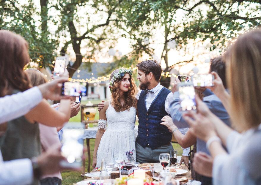 Matrimonios sin celulares, ¿se puede prohibir el uso del teléfono en una boda?