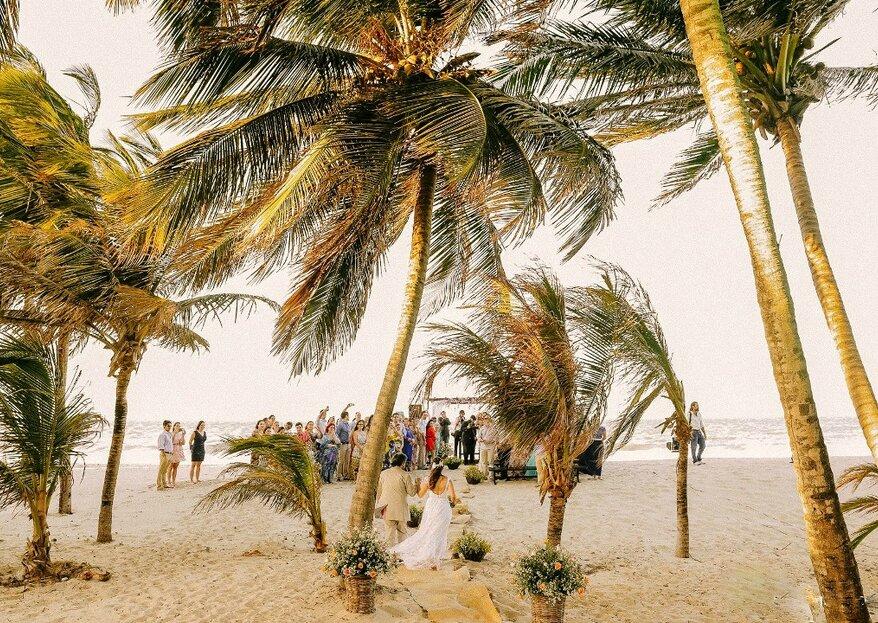 Cómo casarse en la playa: ¡disfruta de una ceremonia bohemia y romántica!
